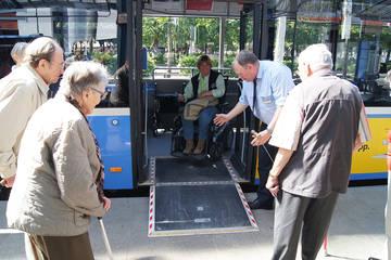 Sicher unterwegs mit U-Bahn, Bus & Tram
