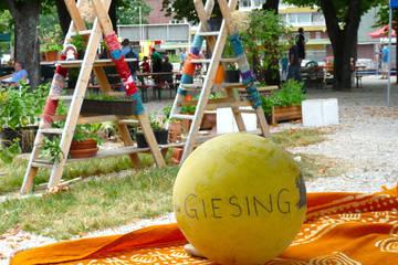 Ökolumbini: Barfuß auf dem Grünspitz