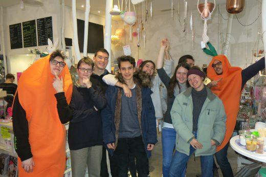 20171220_Presseaktion_Carrotmob_MTG_White_Rabbits_Room (14)