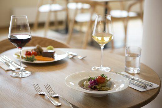 restaurant-resihuber-gutschein-verlosung-green-city-neumitglieder-2018-foto-vollcorner